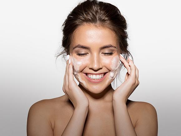 demakijaż jest ważny – demakijaż to nie tylko usunięcie makijażu