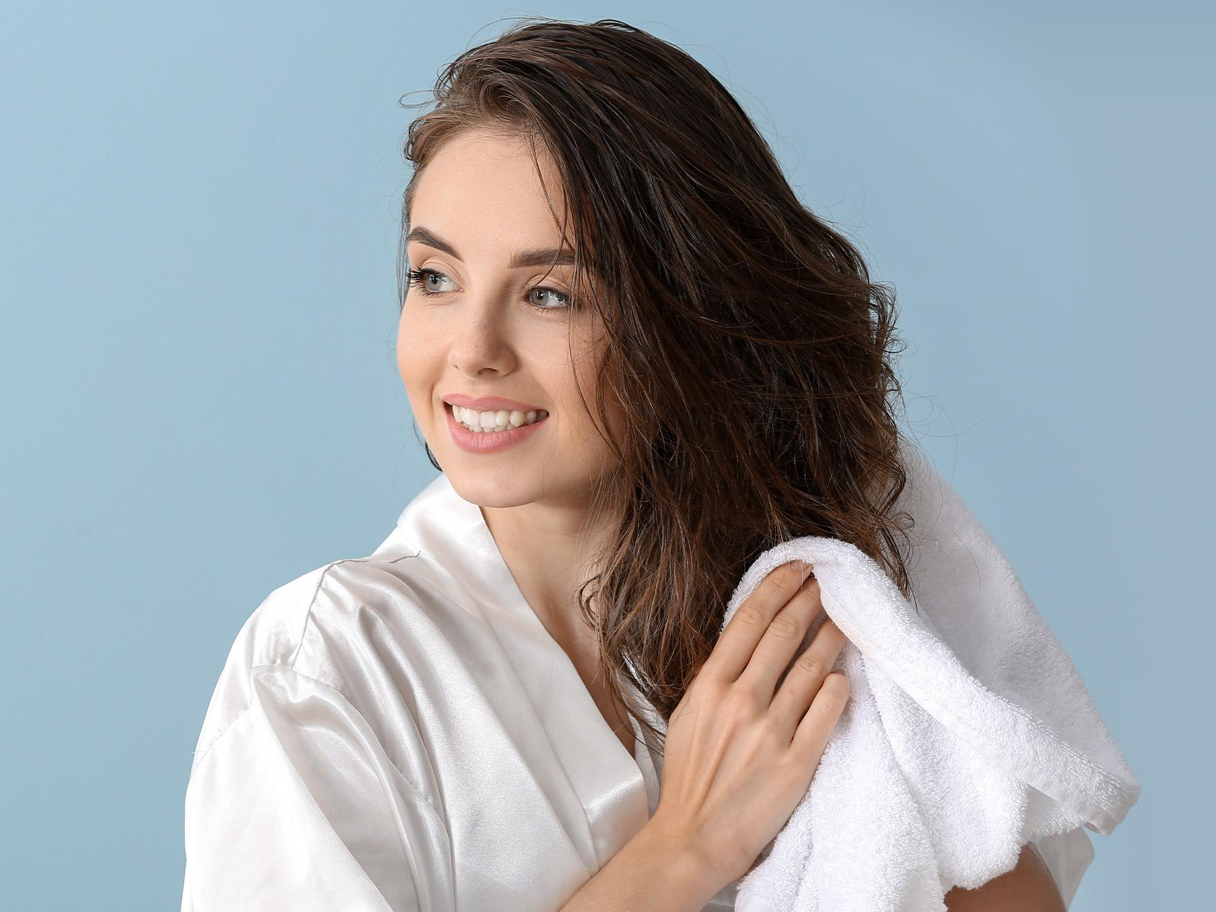 peeling skóry głowy - dlaczego warto?