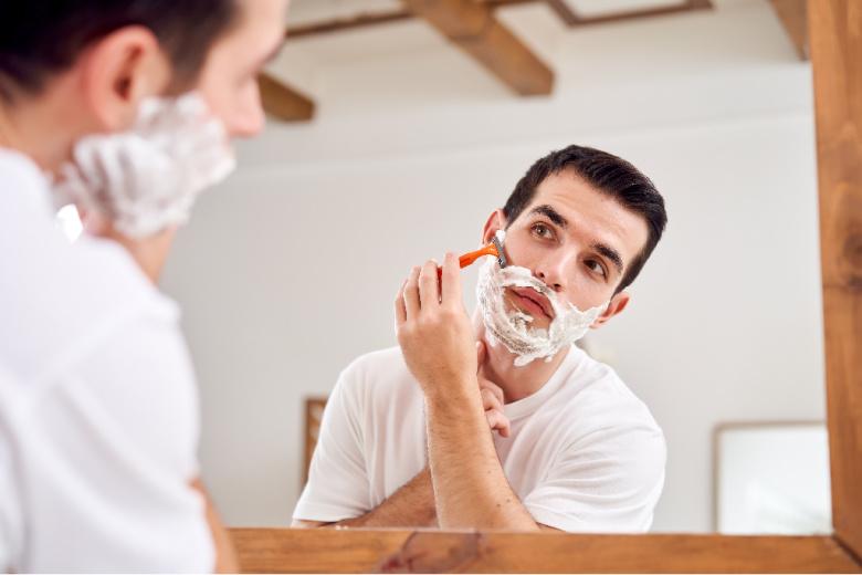 Golenie zarostu i pielęgnacja skóry po goleniu
